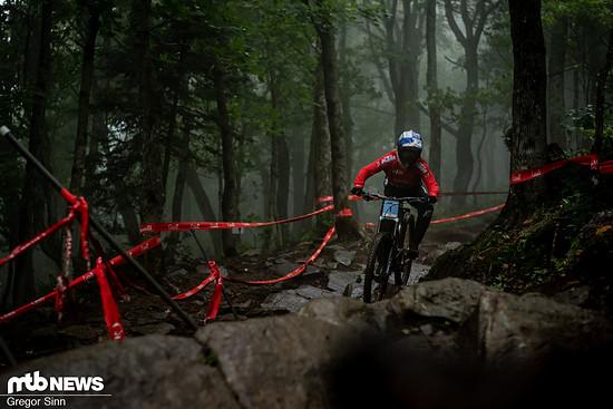 Vali Höll lag trotz Sturz ganze 15 Sekunden vor ihren Konkurrentinnen