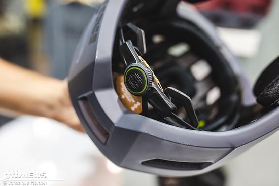 Auch ein Verstellmechanismus zur Anpassung an den Kopfumfang findet sich am neuen Trigger Fullface