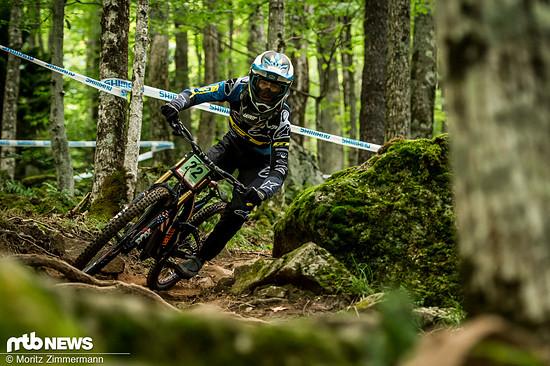 Joey Foresta zeigte bei seinem Heimrennen das erste Mal seit Leogang, was er auf dem Downhill-Bike so leisten kann
