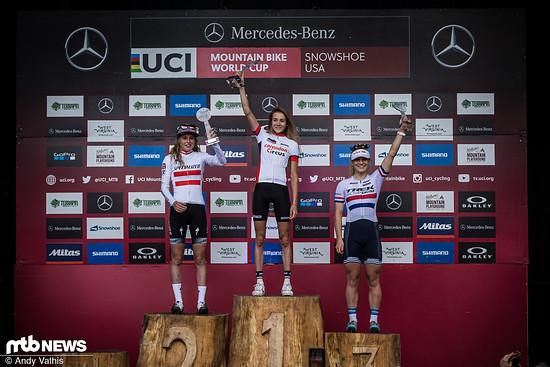 Nichtsdestotrotz sicherte sich Eibl mit insgesamt drei Weltcupsiegen den Gesamtweltcupsieg in der U23-Klasse