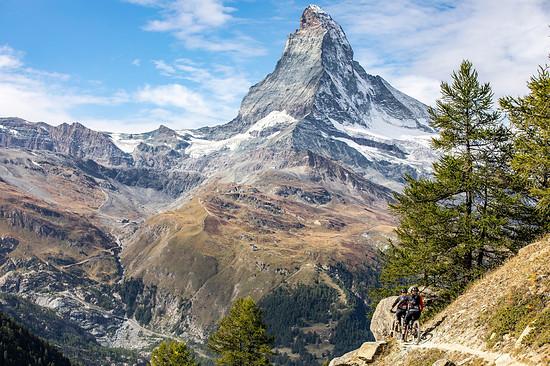 Das berühmte Matterhorn wird das gesamte Rennwochenende über den Teilnehmern thronen.
