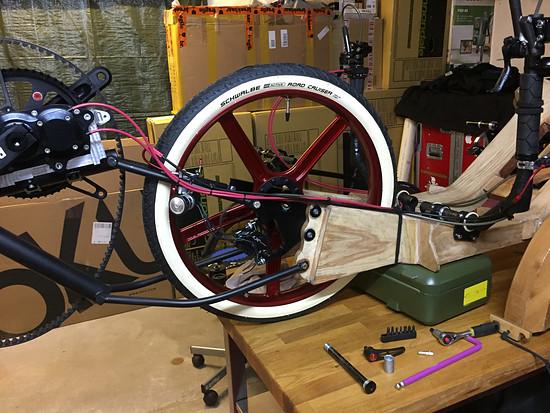 Mosquito Velomobile, Mosquito #8, Test fit front Magnesium Wheel!