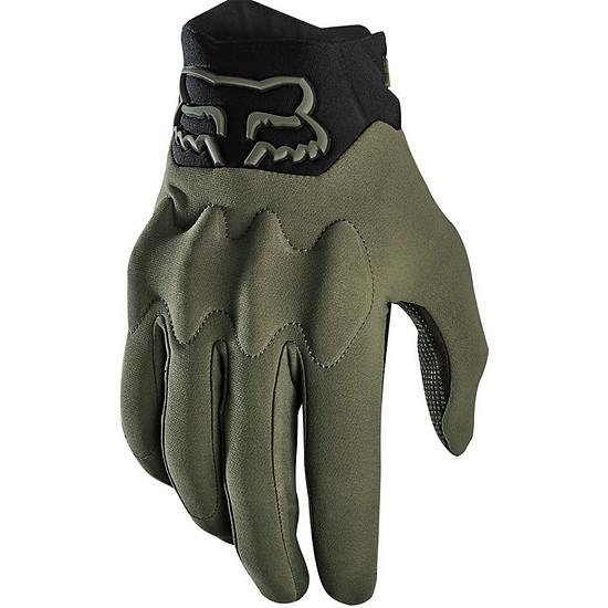 Dank wasserfesten Materialien und Handrücken aus Cordura sollen die Handschuhe an kalten, nassen Tagen glänzen.