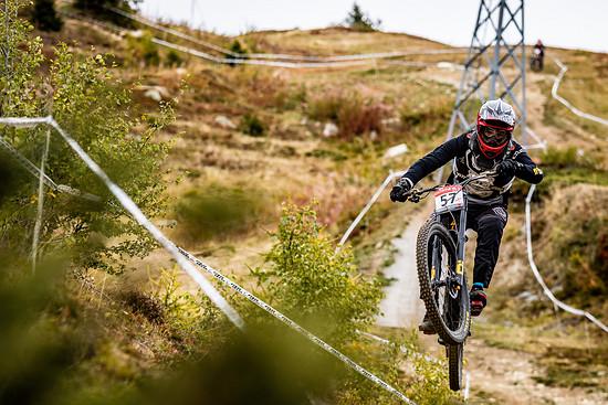 Das Downhill-Rennen in Bellwald war nicht nur wegen der super spaßigen Strecke eines der besten, die ich je gefahren bin