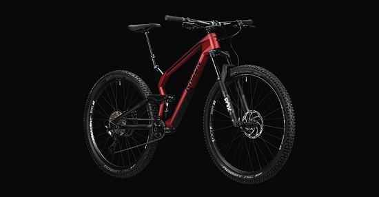 Der markanteste Unterschied zum 2019er-Bike ist sicherlich der neu entwickelte Frontrahmen aus Carbon