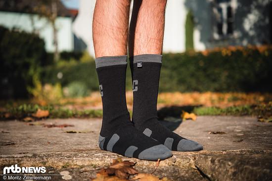 Dank der gleichzeitig wasserdichten und atmungsaktiven Membran sollen die wasserdichten Socken von XLC ideal für den Einsatz bei Regen geeignet sein