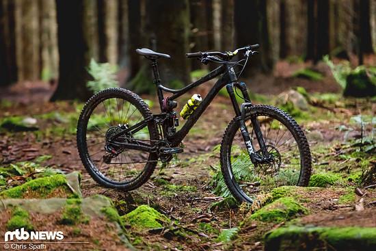 Kein Zahnarzt-Fahrrad: Das Banshee Titan ist für den Wald gebaut!