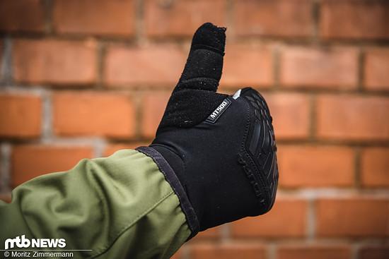 Die Endura MT500 wasserdichten Handschuhe konnten uns mit einem guten Griffgefühl und einem super Schutz gegen die Elemente überzeugen