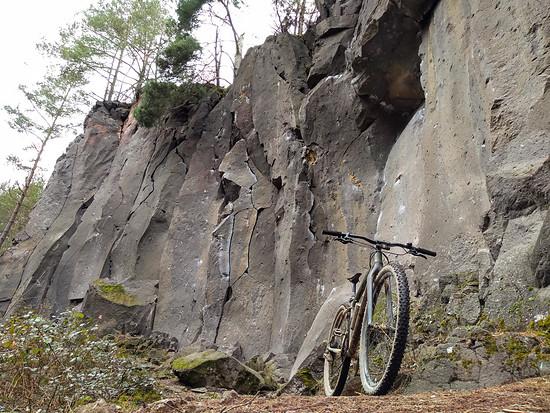 125 - Breaking Basalt (15 Bilder + 1 Video)