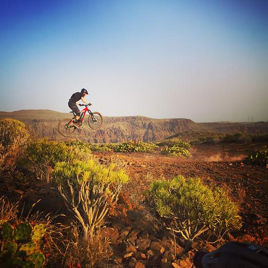 Tom Cardy during the Haibike photoshoot in Gran Canaria - https://grancanariamountainbike.com/