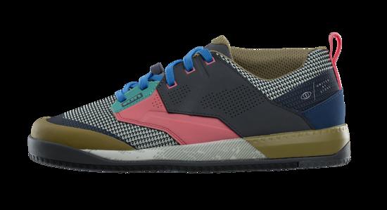 Die neuen ION Scrub Amp-Schuhe richten sich an Flatpedal-Fahrer und sind in fünf verschiedenen Farben erhältlich