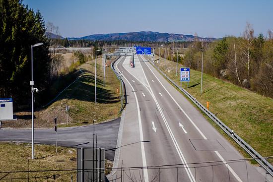 Gähnende Leere am Grenztunnel