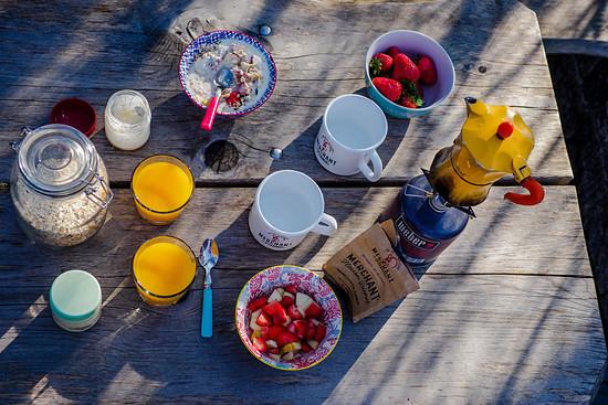 Der Inhalt des Frühstücks sieht eigentlich aus wie immer.