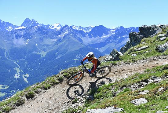 Die Bikeparks in den Alpen lieferten ein grandioses Panorama