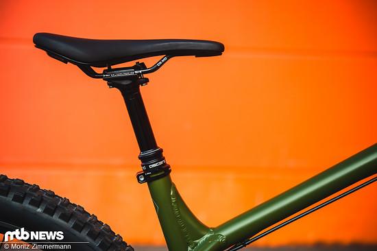Die Brand X Ascend-Variostütze kommt je nach gewählter Rahmengröße mit 120 mm, 150 mm oder 170 mm Verstellweg.