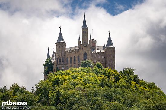 Die Burg Hohenzollern ist kaum zu übersehen