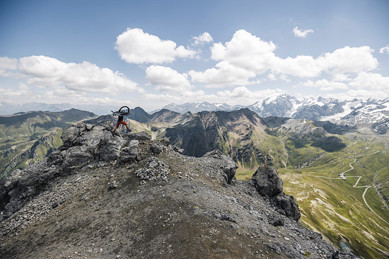 High Speed Bikebergsteigen (HSBBS) am Gipfel