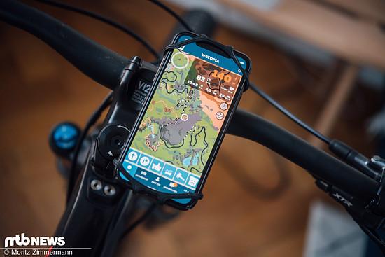 In der Zwift Companion App habt ihr dann die Möglichkeit, nach rechts zur Offroad-Strecke abzubiegen.