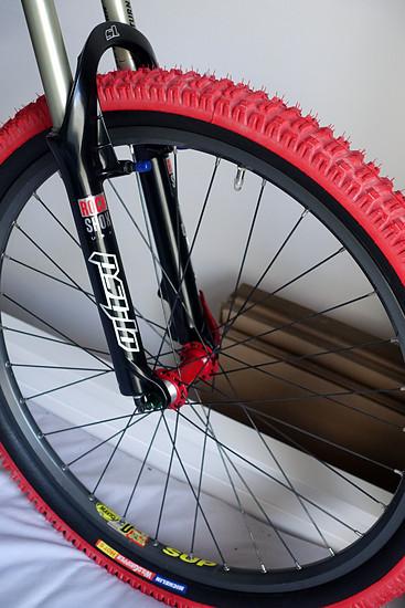 Rock Shox Psylo SL mit DT Hügi / Mavic D521 / Michelin Wildgripper Hot S Laufrad