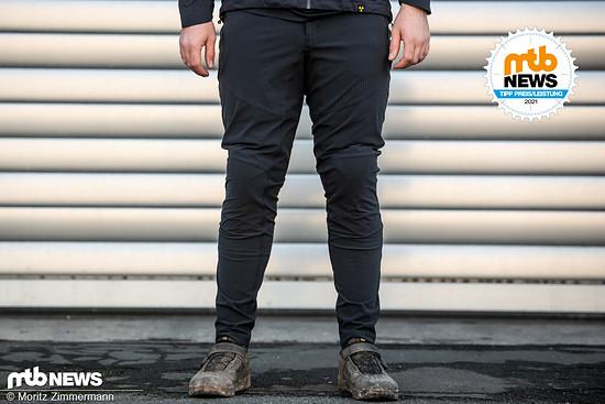 Die Nukeproof Blackline-Hose überzeugt mit einem hohen Tragekomfort und zahlreichen durchdachten Features