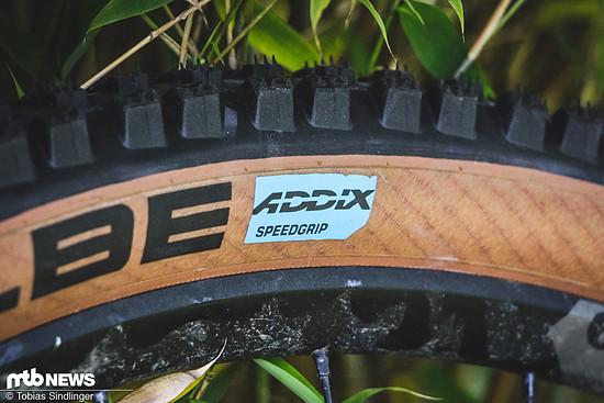 Alle Reifen kommen mit der Addix Speedgrip-Gummimischung.