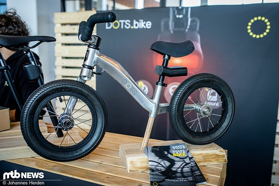 Das Bike stand zwar am DOTS-Startup-Stand, ist aber ein Moustache