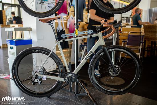 Die Bikes von M83 gibt es in verschiedenen Ausstattungen – von mittelpreisig bis edel.